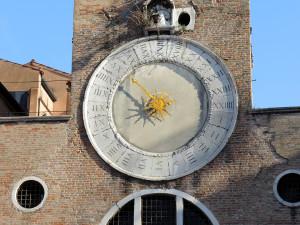 Rialto-clock-1
